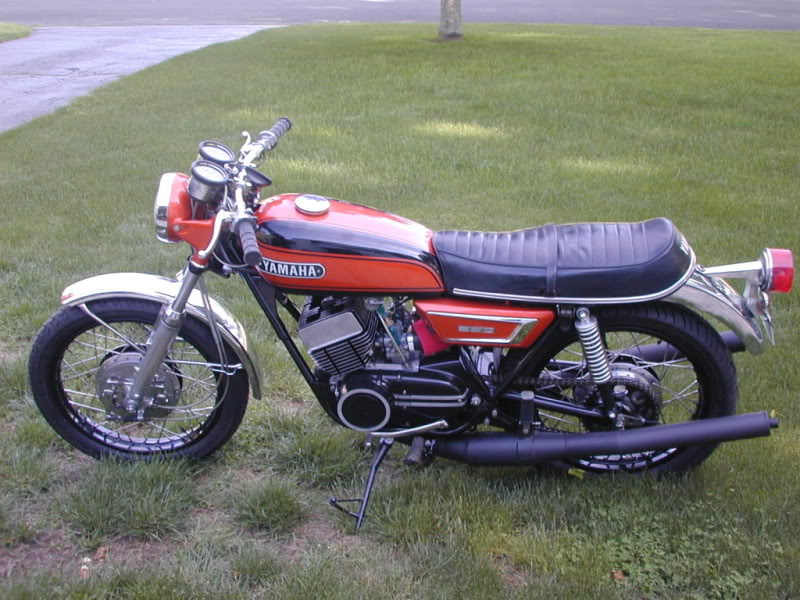 1986 Yamaha RD 350 F (reduced effect) #4
