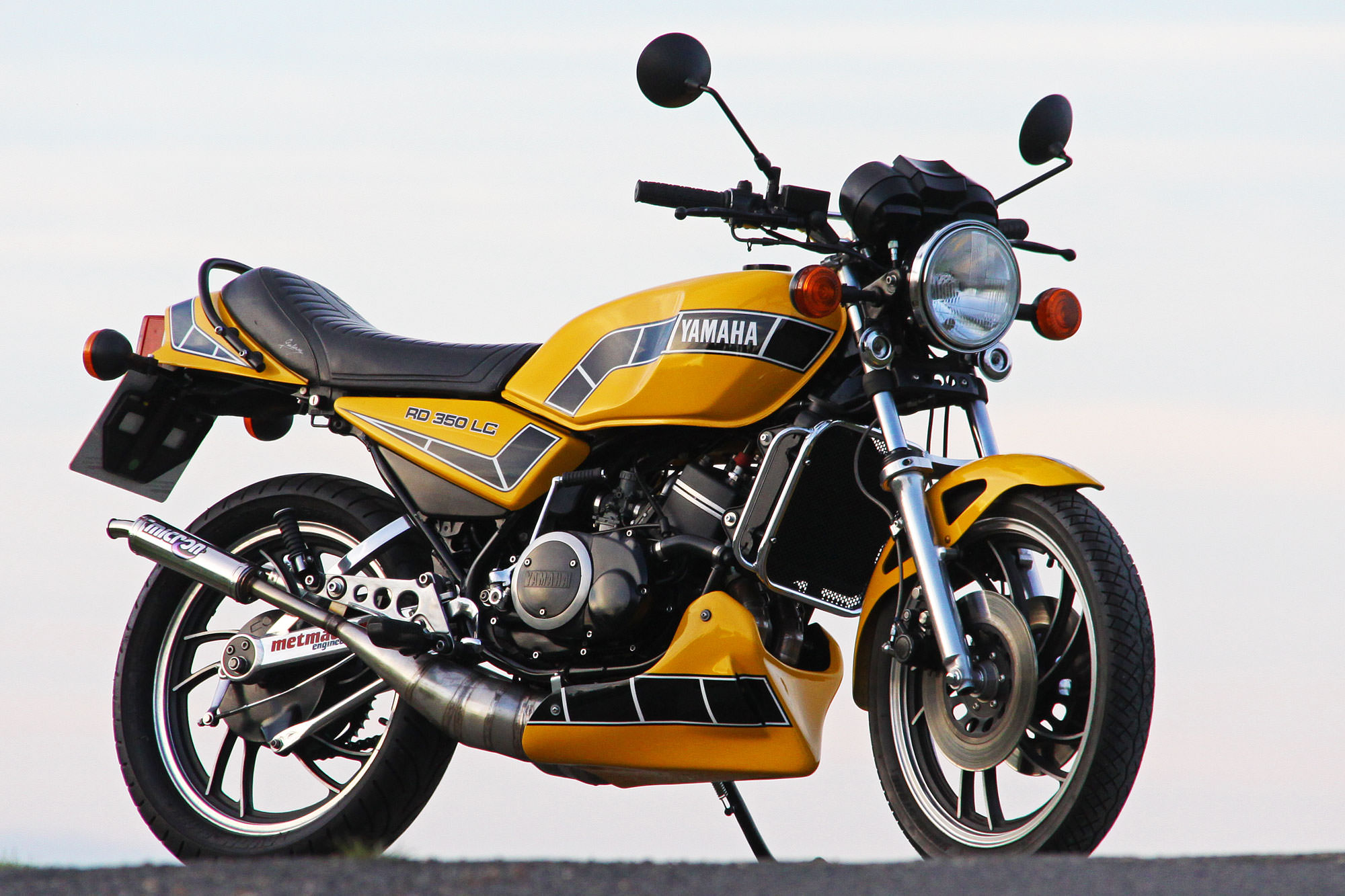Yamaha RD 350 LC Photos, Informations, Articles - Bikes BestCarMag com