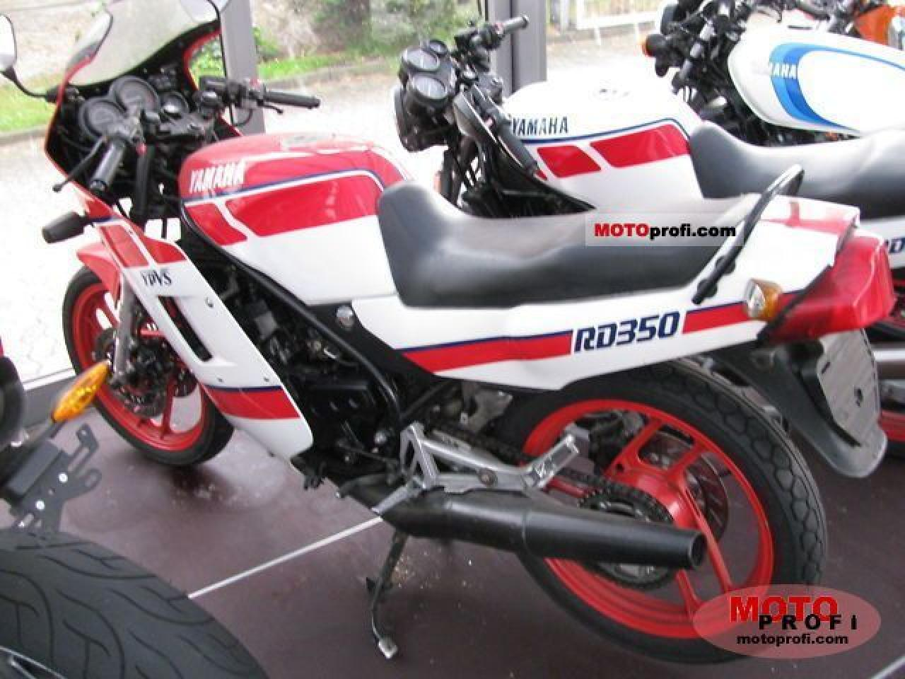 1986 Yamaha RD 350 (reduced effect) #1