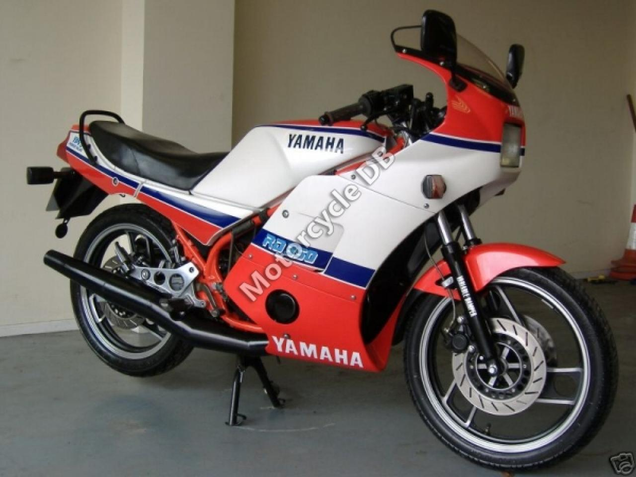 1986 Yamaha RD 350 (reduced effect) #2