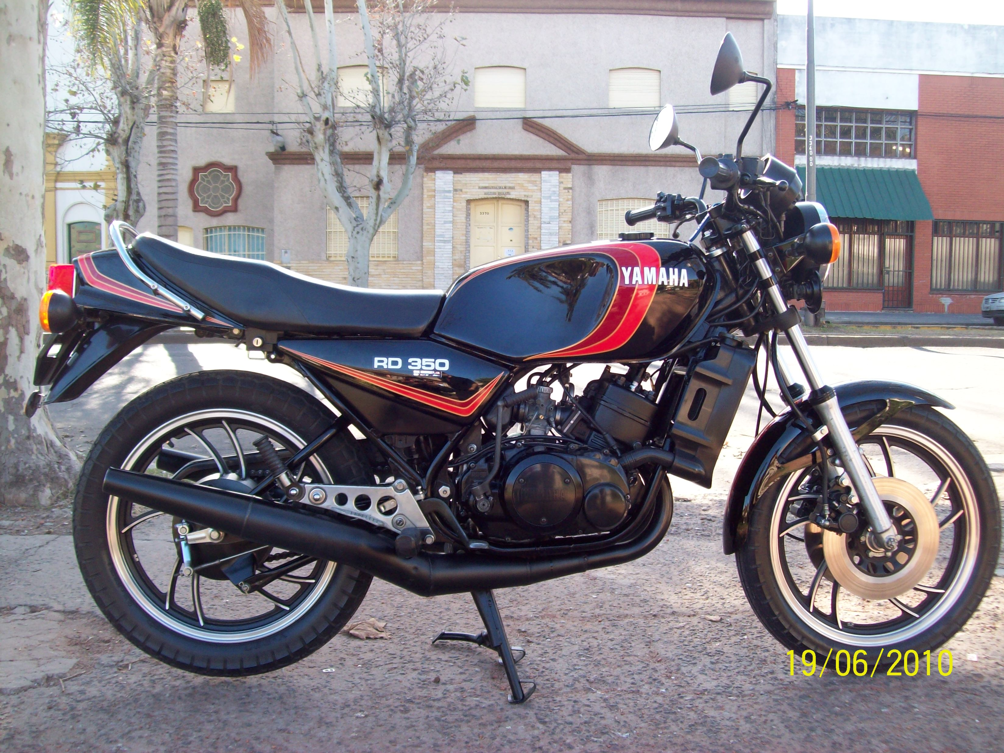 1981 Yamaha RD 350 Photos, Informations, Articles - Bikes BestCarMag com