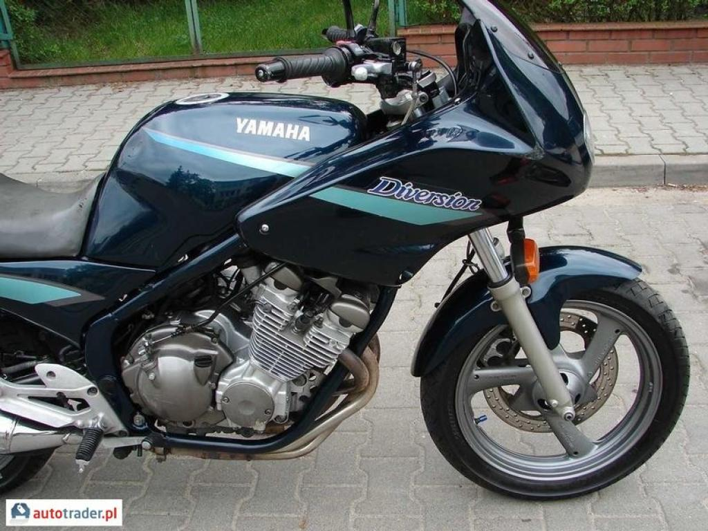 Yamaha XJ 600 (reduced effect) #2