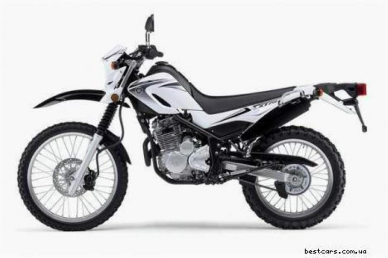 Yamaha XT 550 (reduced effect) #1