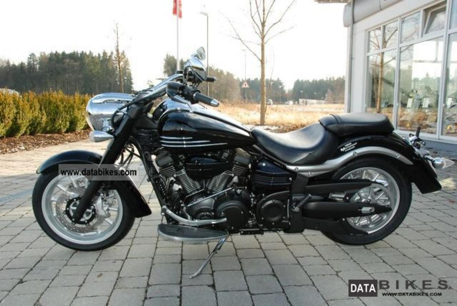 2011 Yamaha XV1900A Midnight Star #3