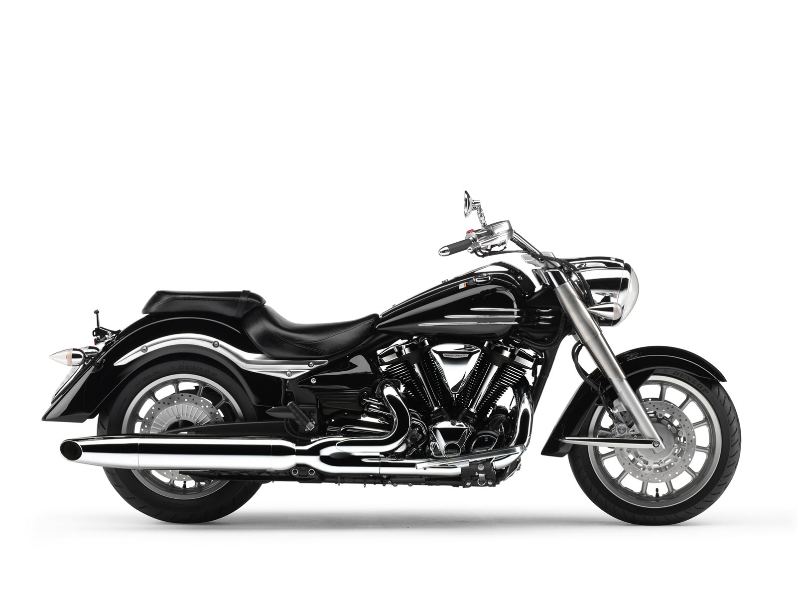 2011 Yamaha XV1900A Midnight Star #2