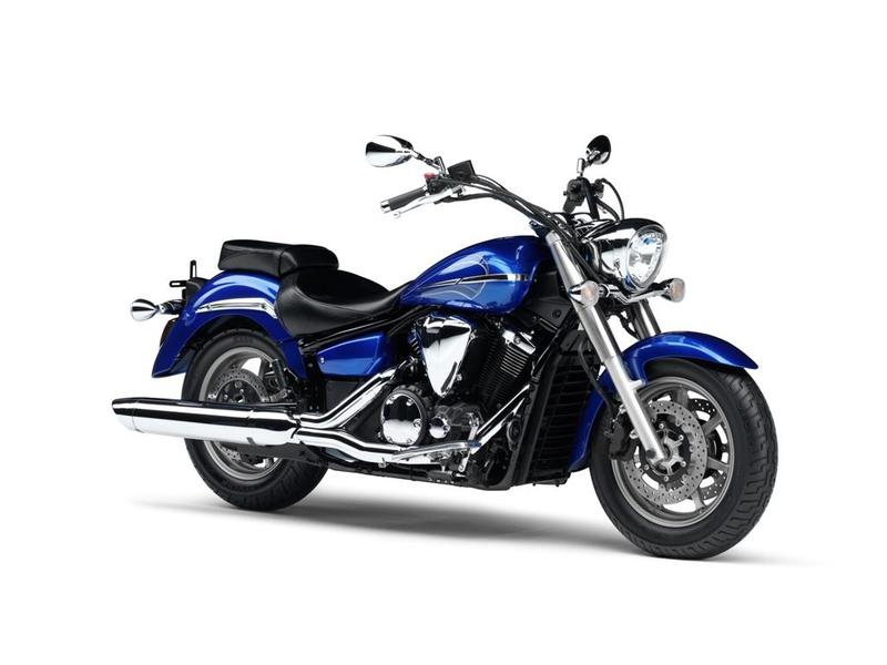 2010 Yamaha XVS 1300 A Midnight Star #10