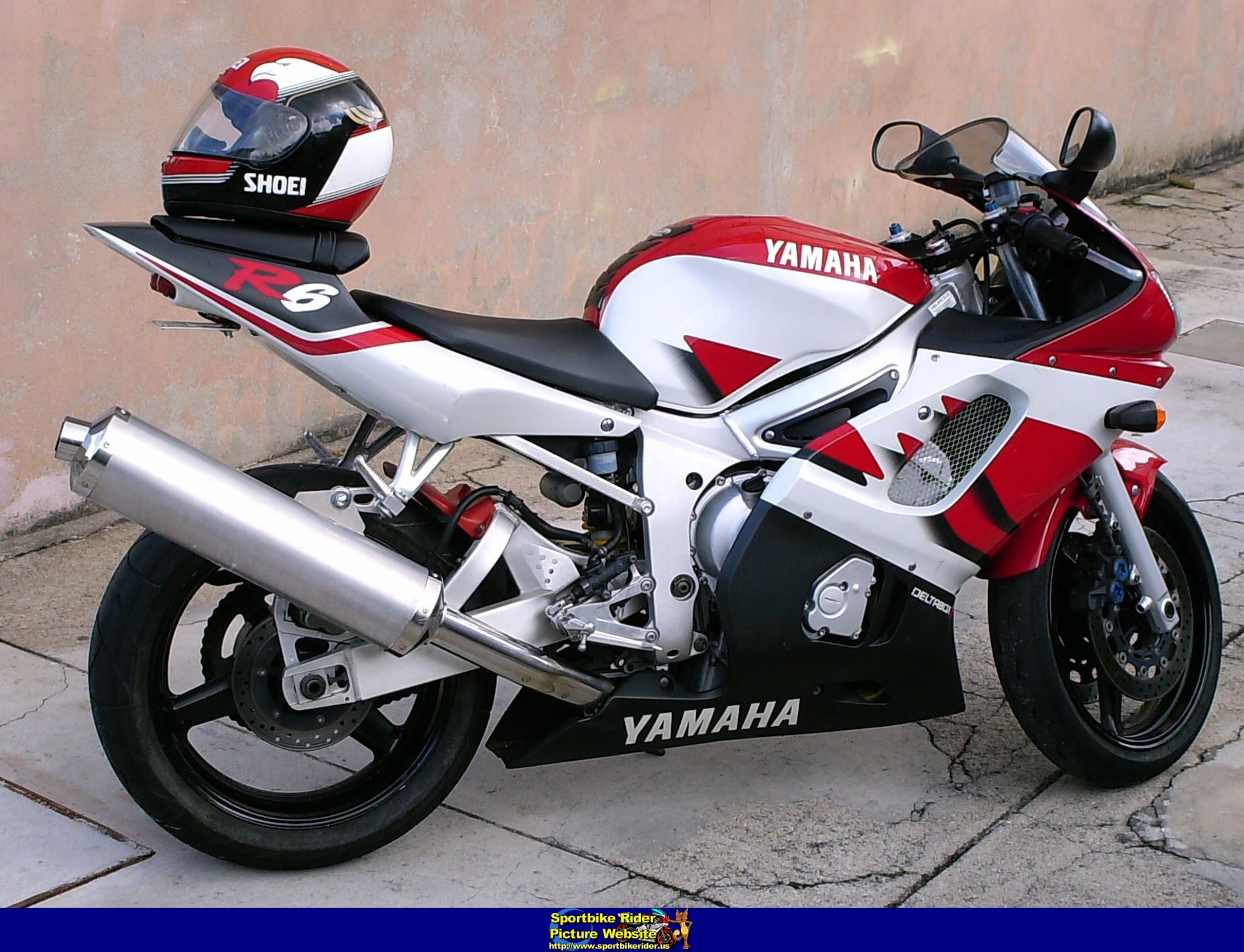 Superb 2001 Yamaha Yzf R6 Photos Informations Articles Bikes Gmtry Best Dining Table And Chair Ideas Images Gmtryco
